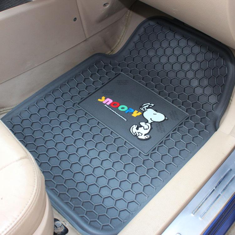 拍手乐汽车脚垫卡通史努比蜂窝乳胶脚垫通用卡通脚垫可爱时尚防水