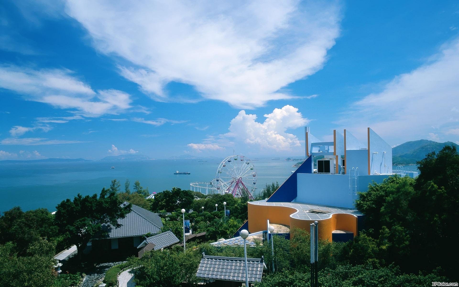 香港海洋公园拥有全东南亚最大的海洋水族馆及主题游乐园,...