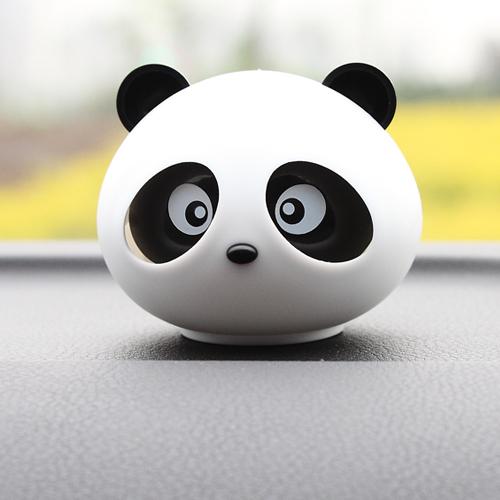 小马车品爱车必备可爱卡通熊猫香薰汽车香水座公仔x1