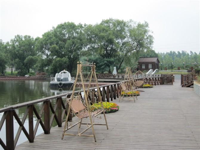 南京东湖丽岛温泉 临湖风景