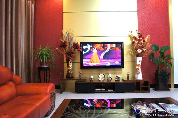 别墅客厅看电视图片
