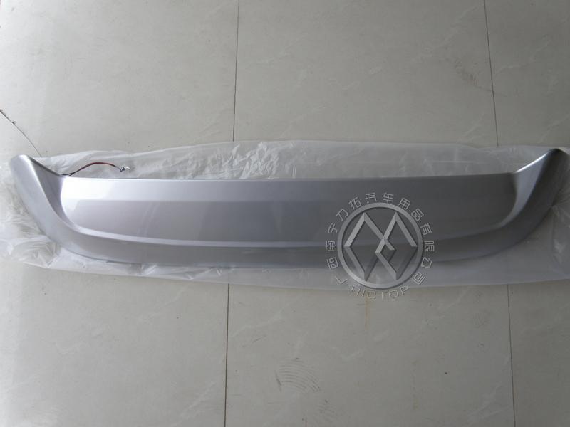 东风风行菱智原厂款带灯尾翼 ABS材料 银色烤漆高清图片