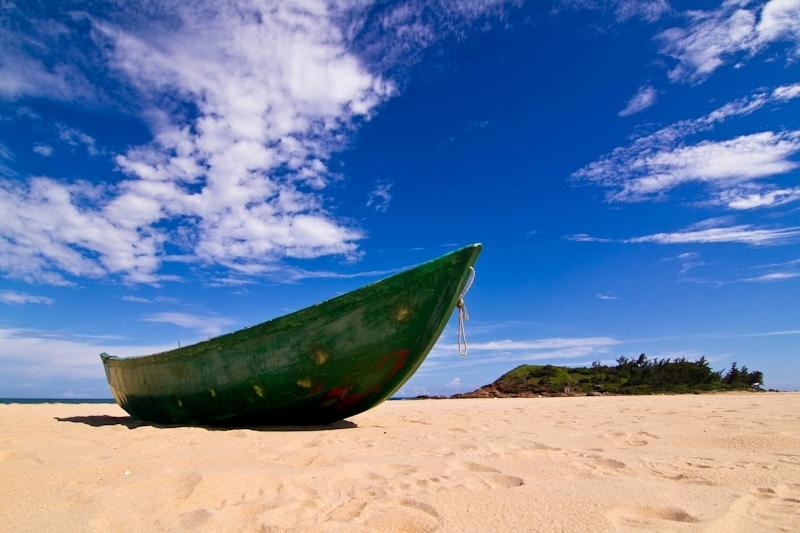 海南岛海岸类型及其景观特征与旅游开发